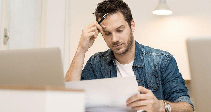 Contrato de compra e venda do imóvel deve ser analisado com cuidado.